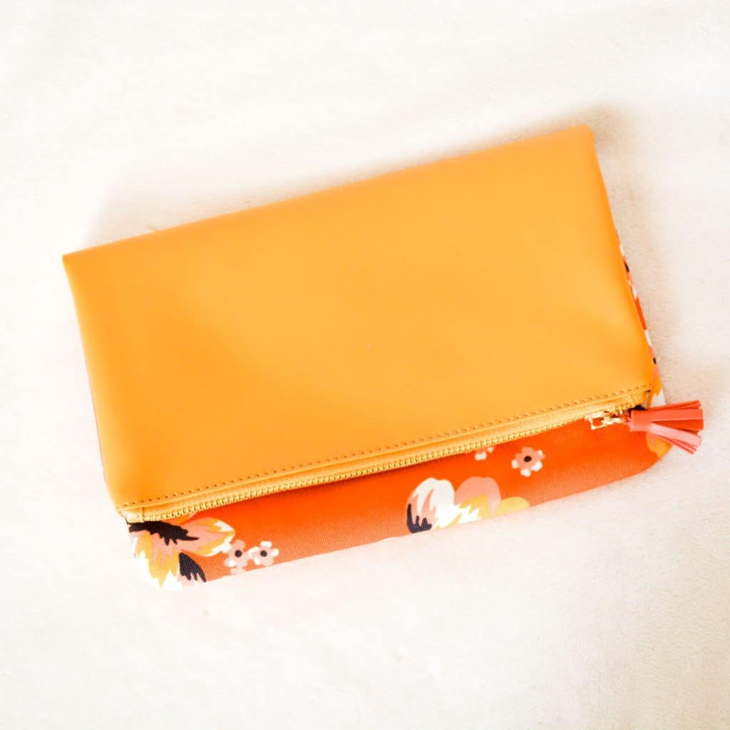 FabFitFun Spring 2018 Subscription Box Rachel Pally Reversible Clutch in Bloom